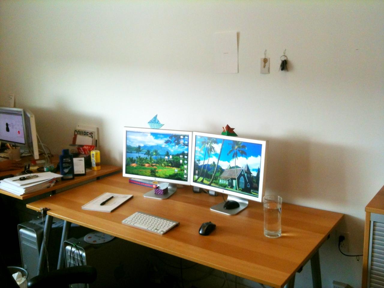 minimalist lifestyle how to start an essay